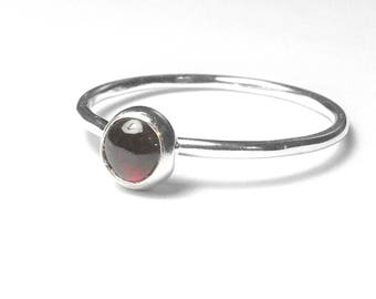 Silver garnet ring / Stacking ring Sterling Silver stacking gemstone ring / Stackable ring / Red gemstone ring sterling silver ring