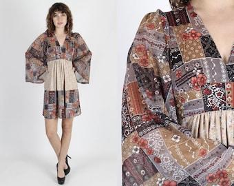 Boho Dress Kimono Sleeve Dress Hippie Dress Bell Sleeve Dress Patchwork Vintage 70s Bohemian Dress Floral Prairie Festival Party Mini Dress