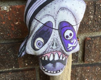 EHAG OOAK Halloween Decoration Handmade Skull Pirate Ornament Folk Art in Purple and Pink Vintage Style Skeleton Ornie Free Ship USA