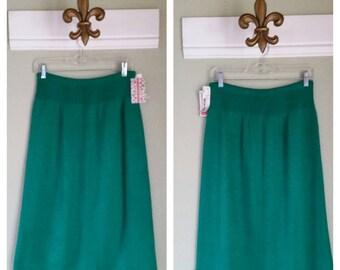 """1980s High Waist Knit Skirt, Emerald Green, Size 26-34""""  Waist, #38146"""