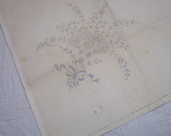 Vintage Tablecloth and Napkin Set-Luncheon-Estate-Needs embroidered-Ready to Embroider-Floral-Vogart-Original Tag