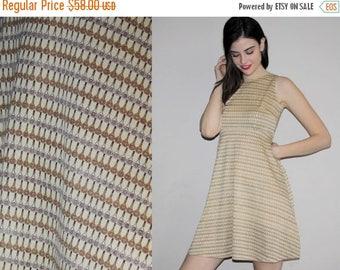 On SALE 45% Off - Vintage 60s Novelty Tennis Racquet Print Mod Dress - Short 60s Dress - 60s Clothing -  WV0006