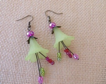 Pale Green Lucite Trumpet Flower Dangling Earrings With Crystals