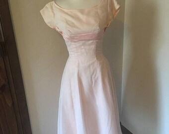 ON SALE NOW 50s Swiss Dot Dress / Lorrie Deb 1950s dress / Pink swiss dot dress / size 4 6