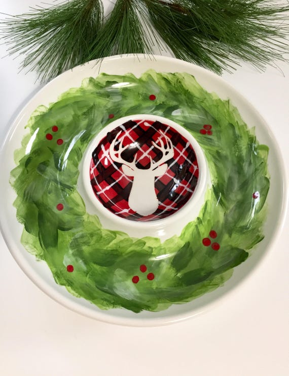 Woodland chip and dip serving platter, Christmas chip and dip, hand painted chip and dip, Deer theme, holiday plaid, christmas wreath dip