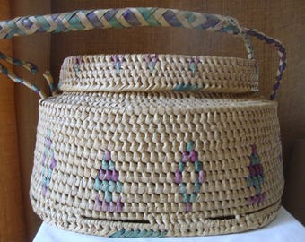 Vintage LARGE WOVEN Covered BASKET Knitting Basket Craft Sewing Storage Basket Super Cool Large Deep Covered Basket Hand Woven Work Basket