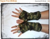 Camo Green Unisex Fingerless Gloves Army Rustic Handmade Hunters Gloves. Green ACU Camo Arm Warmers Texting Gloves Woodland Hunting unisex