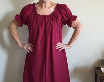 Womens (L,XL, or 2XL) Renaissance Short Sleeve Knee Length Gown