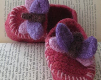 Coral Wool Butterfly Crochet Felted Moccasin Baby Bootie, Sizes S M L, Made to Order,Top Stitched pink, Babies First Loafer,Toddler Moccasin