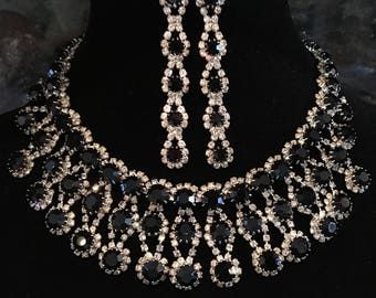 Vintage Rhinestone Necklace Signed Kramer in black and clear rhinestone in a silver tone Bib design with paired Long Earrings bridal wedding