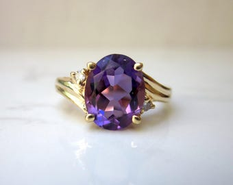 Vintage Diamond and Amethyst 14k Solid Yellow Gold Ring, Size 6.25 // Vintage Ring //