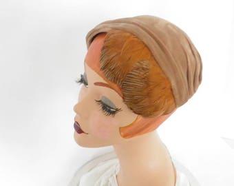 1950s vintage hat, brown velvet with feathers, Roberta Bernays