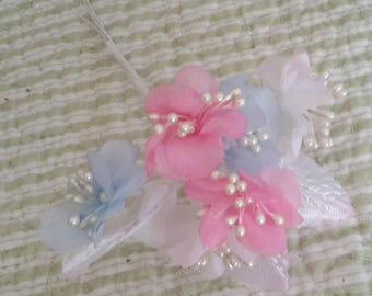 pastels vintage millinery cloth flowers satin white pearl stamens 9 stems