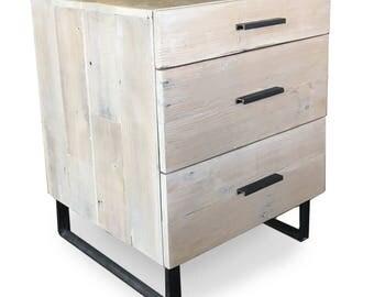 3 Drawer Night Stand Dresser