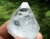 Apophyllite Tip with Rainbows - high vibration crystal, 3rd Eye crystal, Spirit Guides, crystal healing