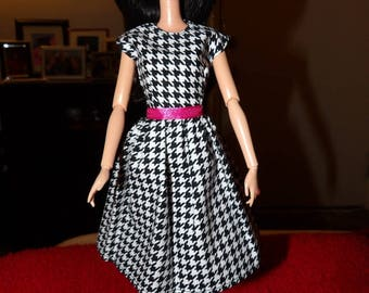 Stylish black & white checked dress with pink belt for Fashion Dolls - ed1067