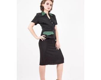 FLASH SALE... 1940s dress / Vintage black rayon peplum dress / Green grosgrain ribbon checkerboard detail / LBD / Little black dress / S M