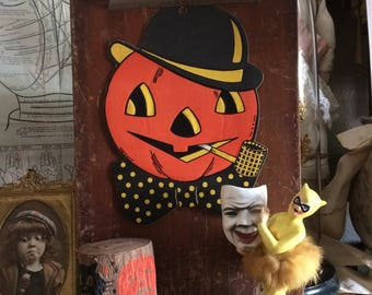 This Luhrs Vintage Pumpkin Diecut Looks Stellar In His Bowler