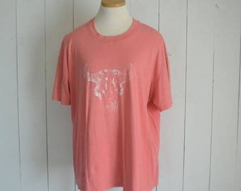 34% Off Sale - Cow Skull TShirt Early 90s Pink Cotton Faded Vintage Bull Skull Tee XL Extra Large