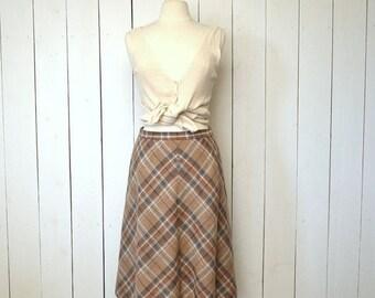 34% Off Sale - Wool Plaid Skirt - 1960s Preppy School Girl Skirt - Vintage Midi Beige Folk Skirt - Medium M / Large L