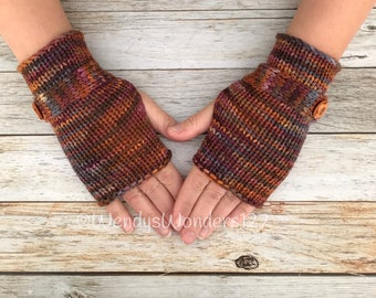 Merino/Cashmere Fingerless Gloves, Button gloves, Knit Gloves with button, Knit gloves, Wrist Warmers, Hand Warmers