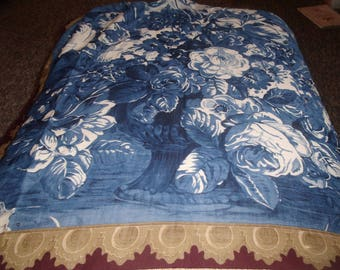 vintage ladies head neck scarf shades blue white roses perry e