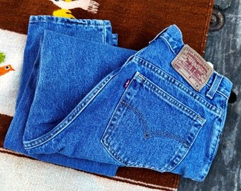 05 12 MIS M. | 90's Vintage Levis 550 Tapered Leg High Waist Mom Jeans