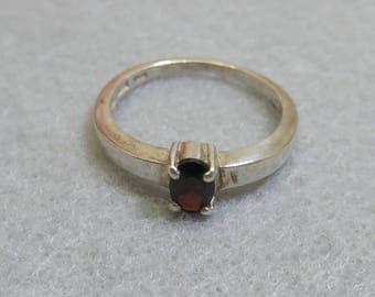 Sterling Silver Garnet Ring, Vintage Garnet Ring, Simple Oval Garnet, Size 7