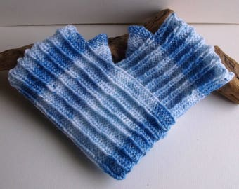 Blue and white reversible wristwarmers / fingerless gloves. Hand knitted. Adult or teenager.