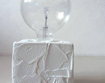 LEGGERA   Reading resin lamp