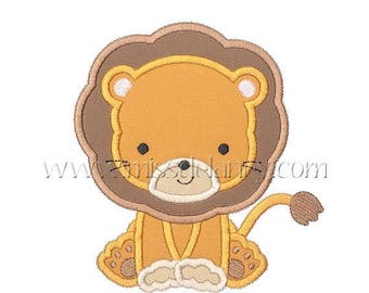 ON SALE Lion Applique Design