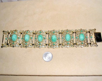 Vintage Large Speckled Green Glass Cabochon Bracelet With Green Crystal Rhinestone Accents 1950's Jewelry 2310