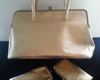 On Sale Retro Gold Lame Handbag ** Rockabilly Purse ** Large Vintage Bag ** 1950's 1960's ** Mad Men Mod  ** Matching Wallet & Eye Glass Cas