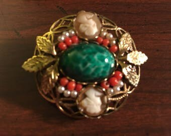 Unique Vintage Cameo Brooch Pin with Green Stone Center Surrounded by Coral Beads Gold Tone