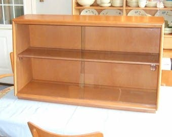 Mid Century Heywood Wakefield China Cabinet Top with Sliding Glass Doors