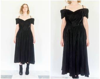80s Black Velvet Drop Sleeve Evening Dress / Party Dress