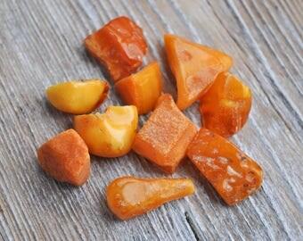 Vintage Genuine butterscotch egg yolk cognac Baltic Amber stones, jewelry supplies. Set of 10.