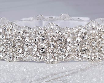 Bridal Sash, Beaded Bridal Belt, Bridal Belts, Jeweled Bridal Belt, Statement Sash, Pearl Bridal Sash, Crystal Dress Sash, Bridal Dress Sash
