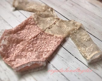 Button Up Lace Romper in Blush Pink, Baby Girl Romper, Sitter Romper in Blush PInk, Newborn Props, Baby Romper, Coming Home Outfit