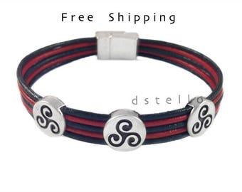 Triskele bracelet - Celtic bracelet - Scottish bracelet - Triskelion - Custom men-  Triskel -  Genuine Spanish Leather