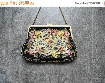 25% SALE 1930s 1940s petit point purse . vintage tapestry handbag