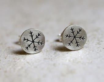 Snowflake earrings, winter earrings, snowflake jewelry, silver earrings, snow earrings, crystal snowflake, snowflake studs, tiny snowflake