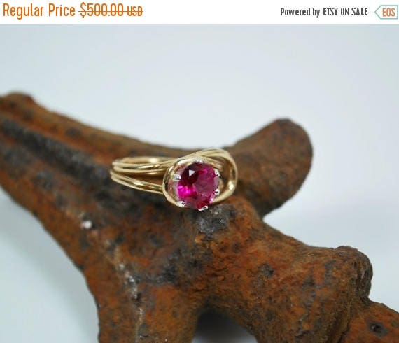 ON SALE Pink Topaz Solitaire Engagement Ring - Blush Rose Topaz and 18K Gold Engagement Ring - Anniversary Ring