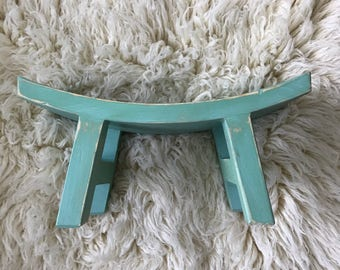 Cute Curved MINT sitter bench, distressed painted bench,  Sitter or newborn sturdy wood bench photography prop
