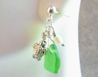 Sea Turtle Jewelry, Sea Glass Pearl and Turtle Cluster Post Earrings, Seaglass Earrings, Nautical Jewelry Sea Turtle Earrings
