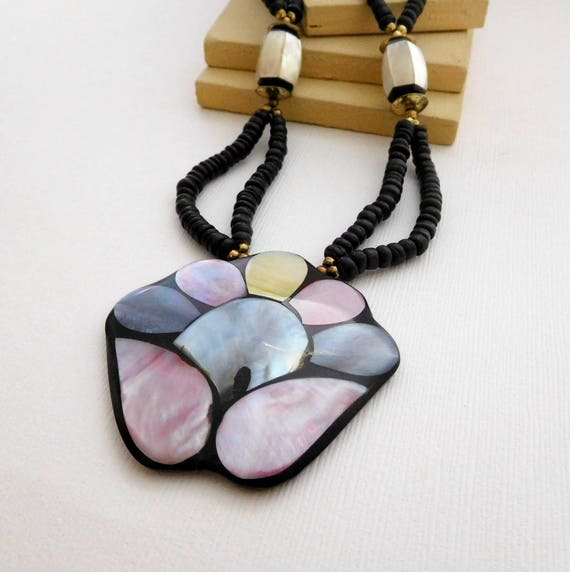 Vintage Philippines Abalone Shell Flower Mosaic Pendant MOP Bead Necklace RR19