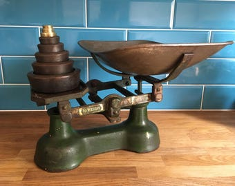 1940s Kitchen Scales with Complete Weight Set