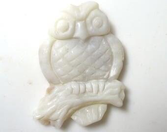 Opal Owl carving - 28 carat - Coober Pedy natural white potch opal - Australia