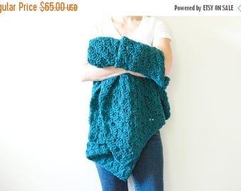 FLASH SALE crochet throw afghan crochet blanket - deep blue