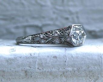 Rare Vintage Diamond Platinum Ring Engagement Ring.
